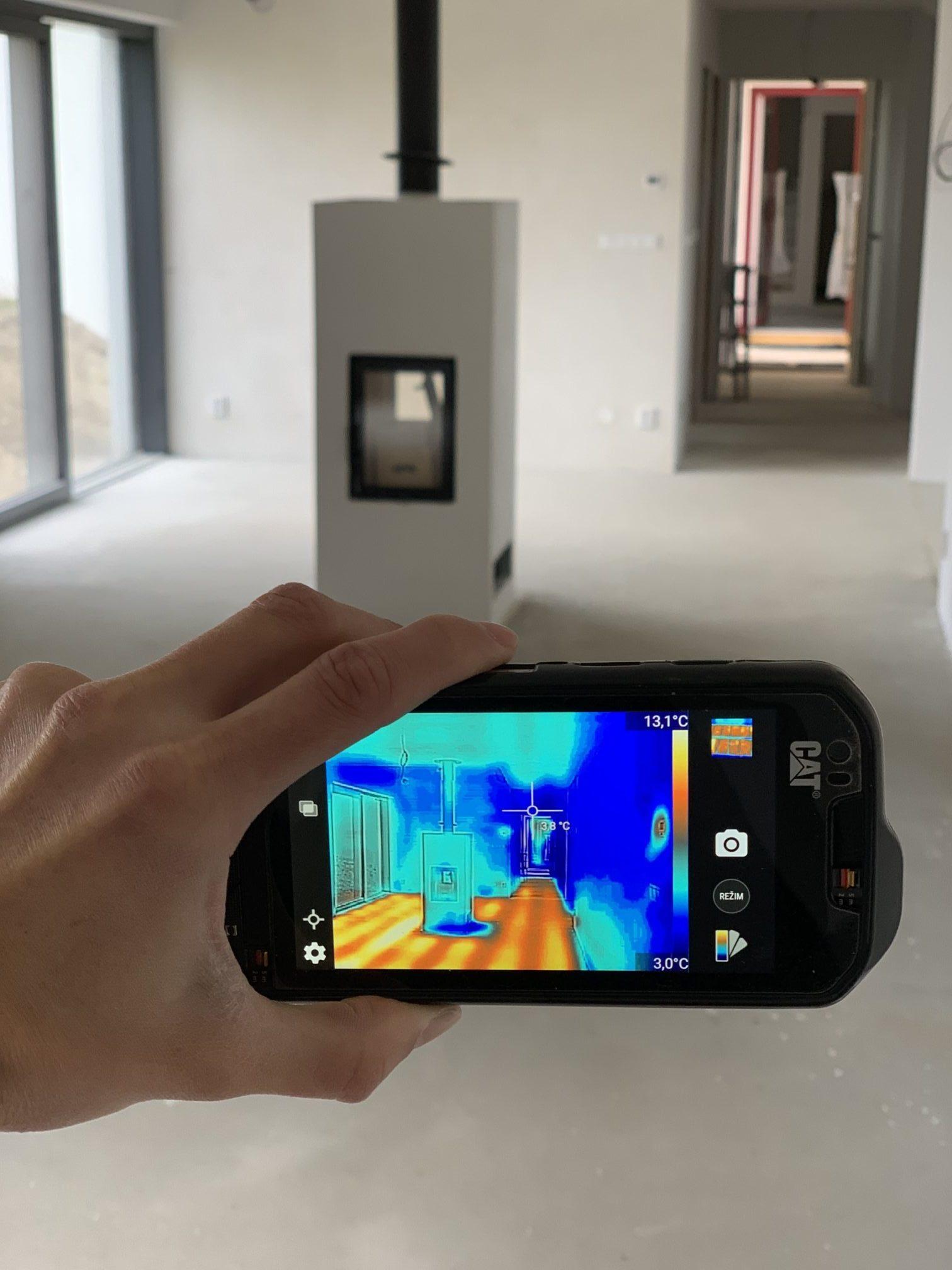 larx uhlíkové fólie termokamera
